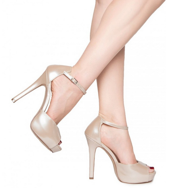 beige verni 12 cm lumina 45 chaussures escarpins de soir e. Black Bedroom Furniture Sets. Home Design Ideas